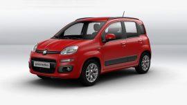 Rode Fiat Panda vooraanzicht